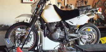 DR650 and KLR650: Stock Air Filters Are No Good